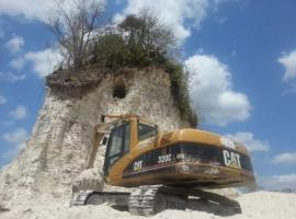 maya-ruin-destroyed-belize