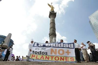 Photo: La Jornada/Roberto Garcia Ortiz