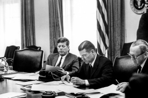 October 1962 Meeting of the Executive Committee of the National Security Council . Photo:  Cecil Stoughton, White House / John Fitzgerald Kennedy Library, Boston