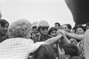 pat_nixon__s_shaking_hands_in_mexico
